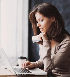 Jak zastosować techniki perswazji w sklepie internetowym, aby zwiększyć sprzedaż?