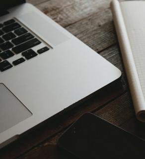 Jak przygotować się do rozpoczęcia wdrożenia e-commerce? Od briefu do analizy przedwdrożeniowej.